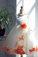 Детское платье с Оранжевыми Лепестками Роз KD-160