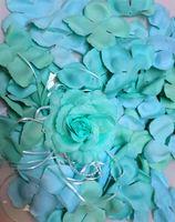 Лепестки роз  (Бирюзовые)  FL001