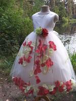Детское платье с Разноцветными Лепестками Роз (Красный/Зеленый) KD-160