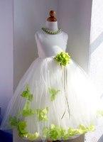 Детское платье с Зелеными Лепестками Роз KD-160