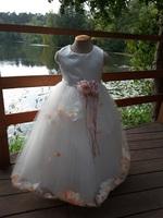 Детское платье с Кремовыми Лепестками Роз (Молочное) KD-160