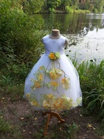 Детское платье с Разноцветными Лепестками Роз (Желтый/Зеленый) KD-160
