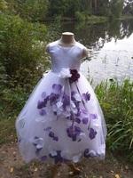Детское платье с Разноцветными Лепестками Роз (Темно-Лавандовый/Белый) KD-160